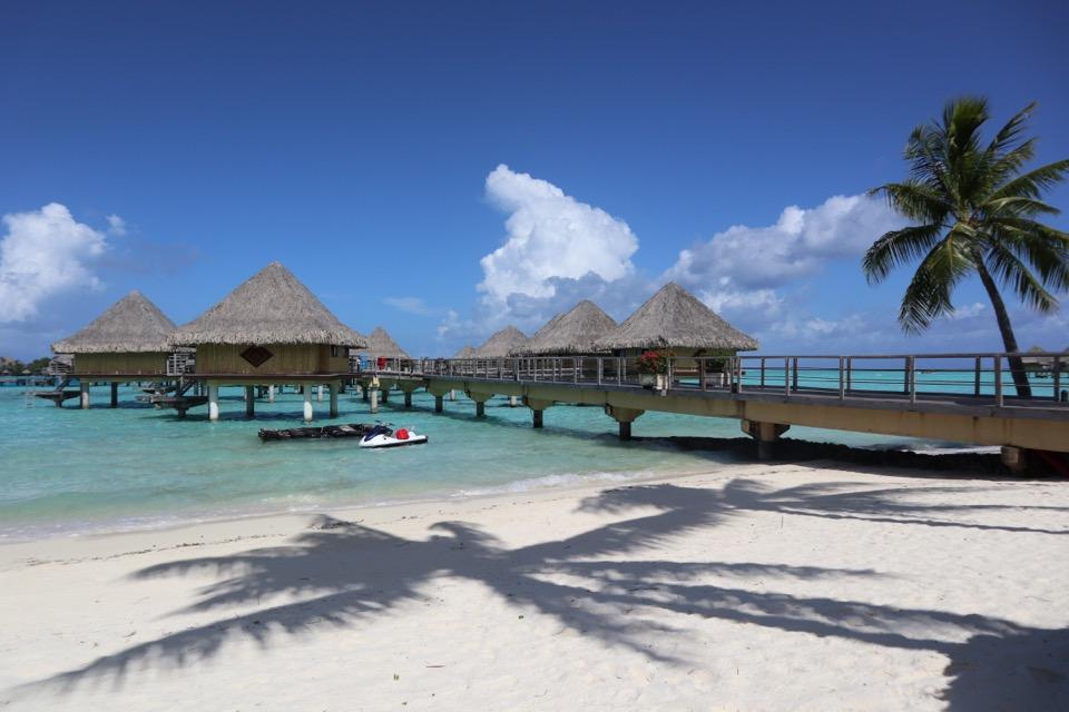 ボラボラ島ホテル