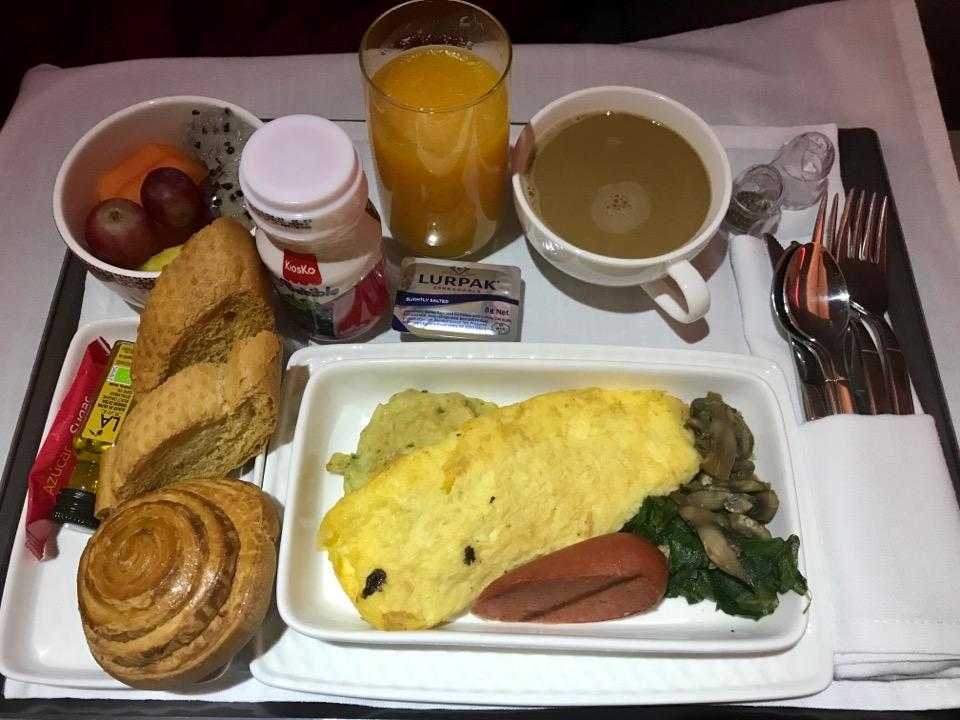 イベリア航空のビジネスクラスの食事