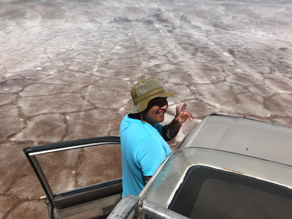 ウユニ塩湖のガイド