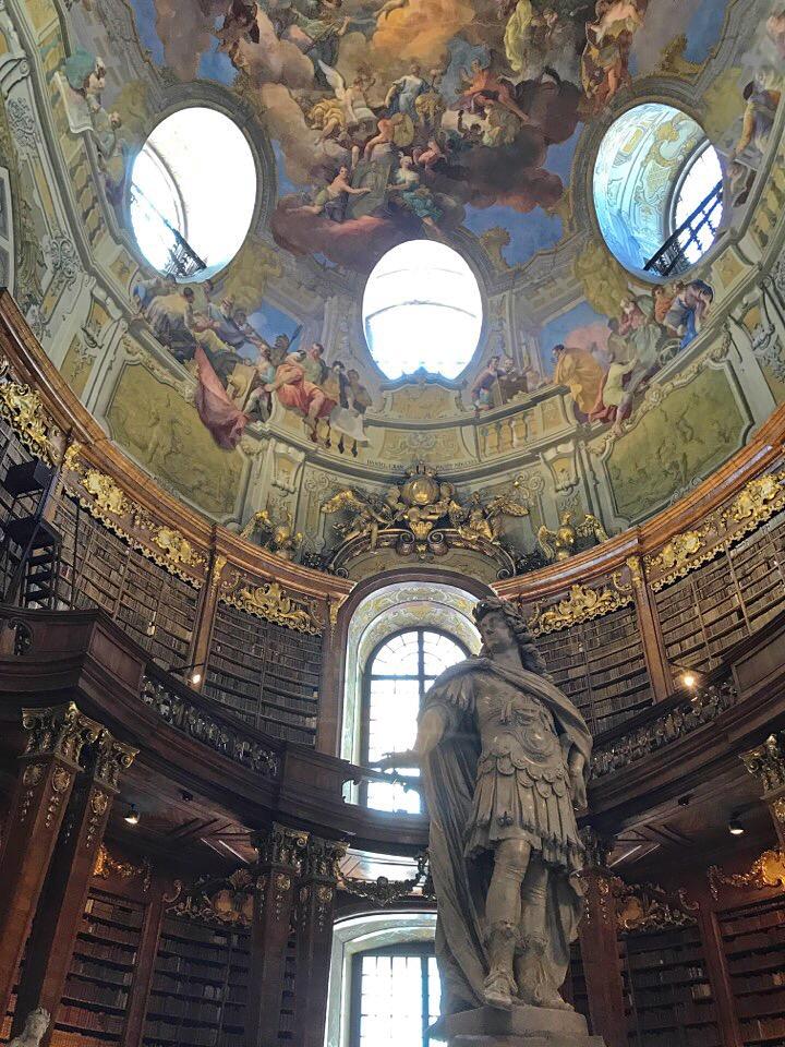 ウィーン図書館