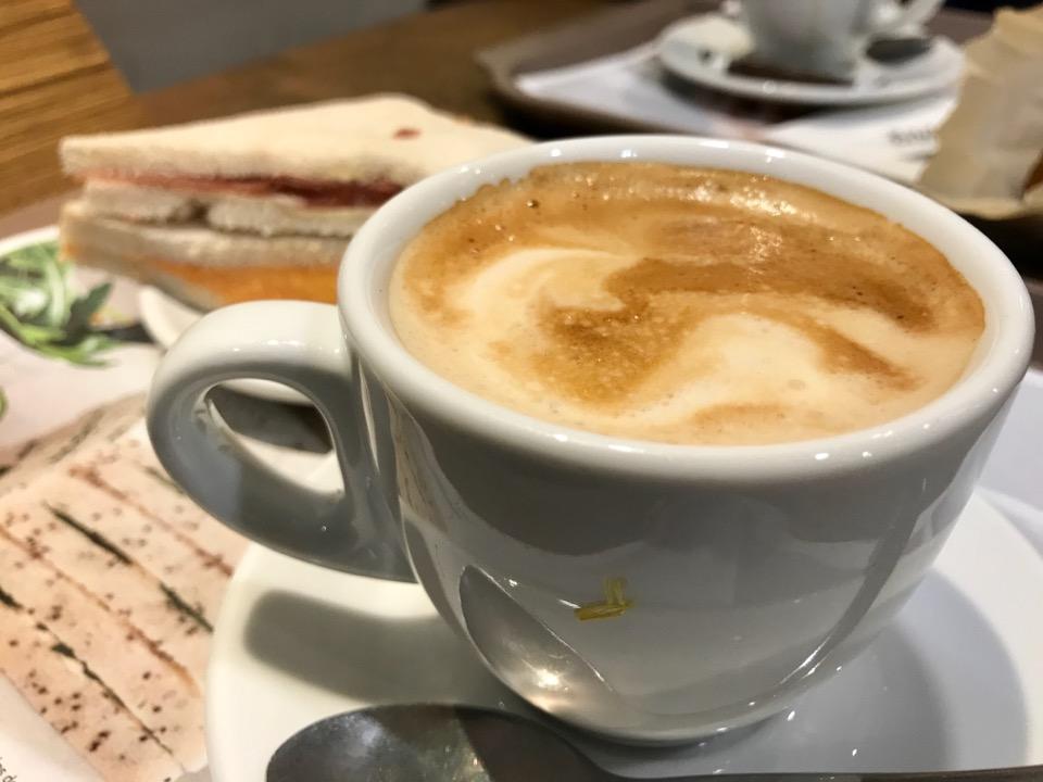 マドリードのカフェ