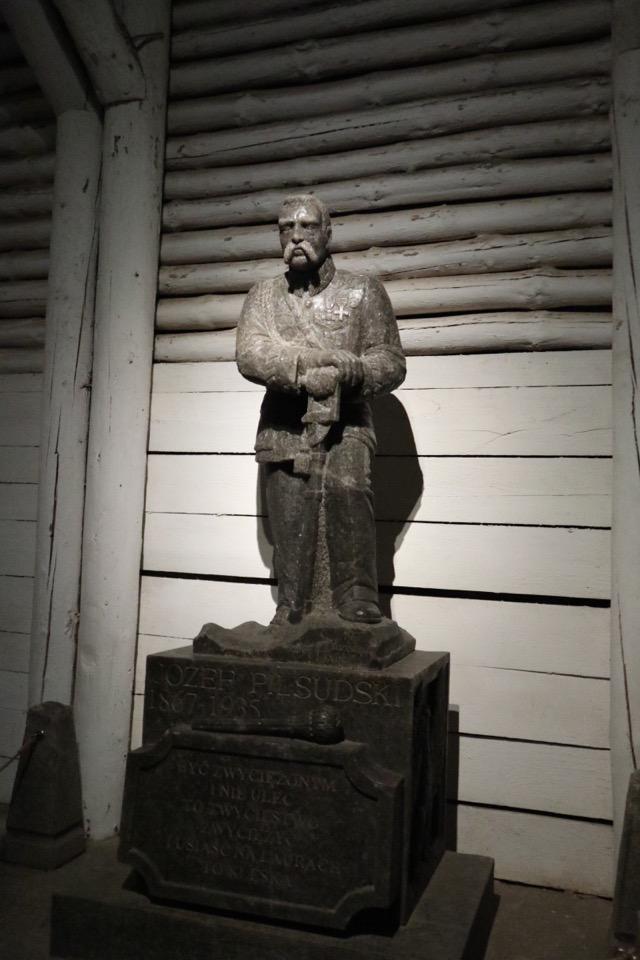 ヴィエリチカ岩塩坑の彫刻