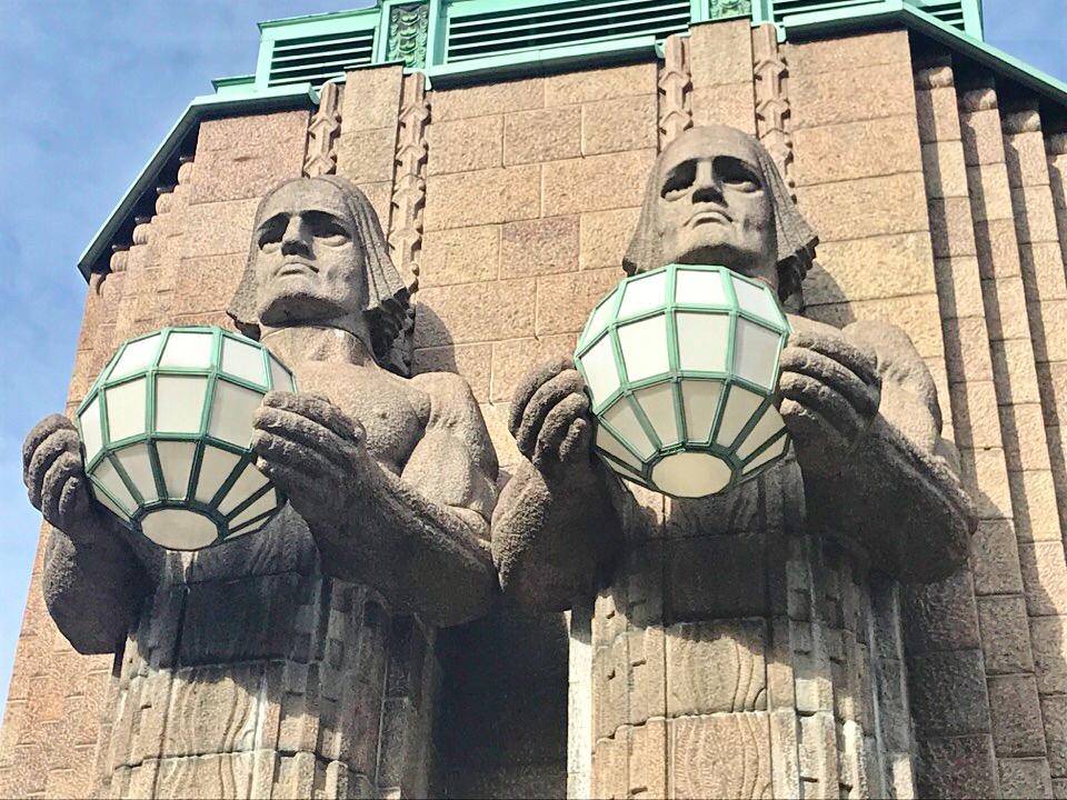 ヘルシンキ駅前