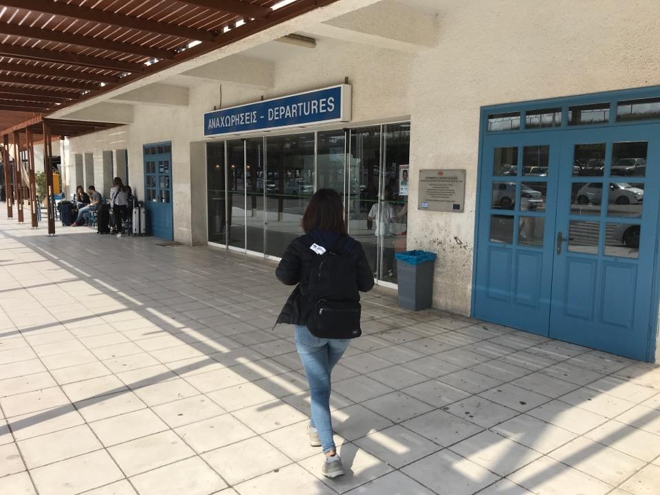 サントリーニ島の空港